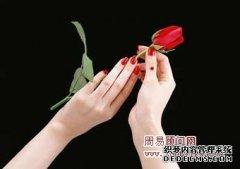 痣相图解手指上有痣好吗,浅谈手指有痣代表什么